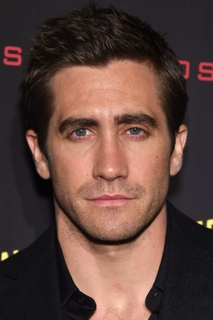 How old was Jake Gyllenhaal in everything