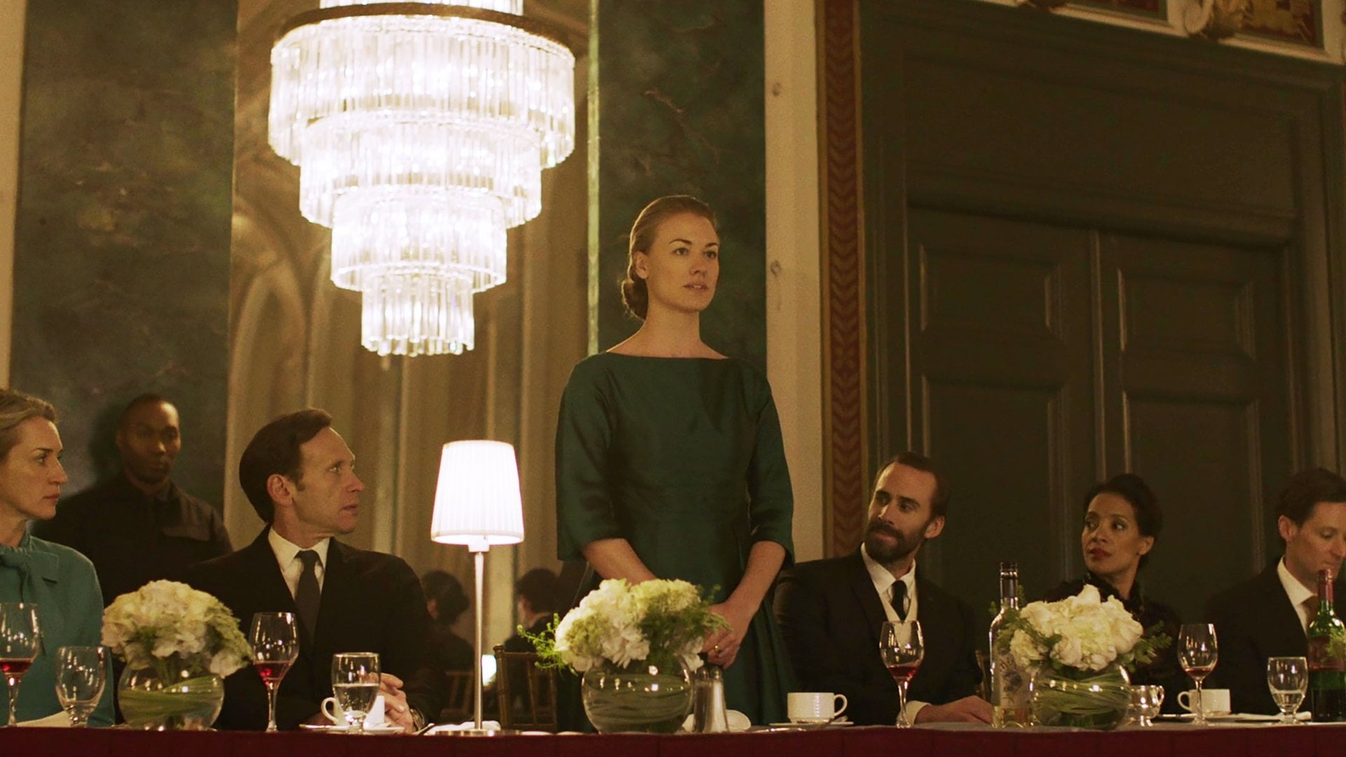 The Handmaid's Tale Season 1 :Episode 6  A Woman's Place