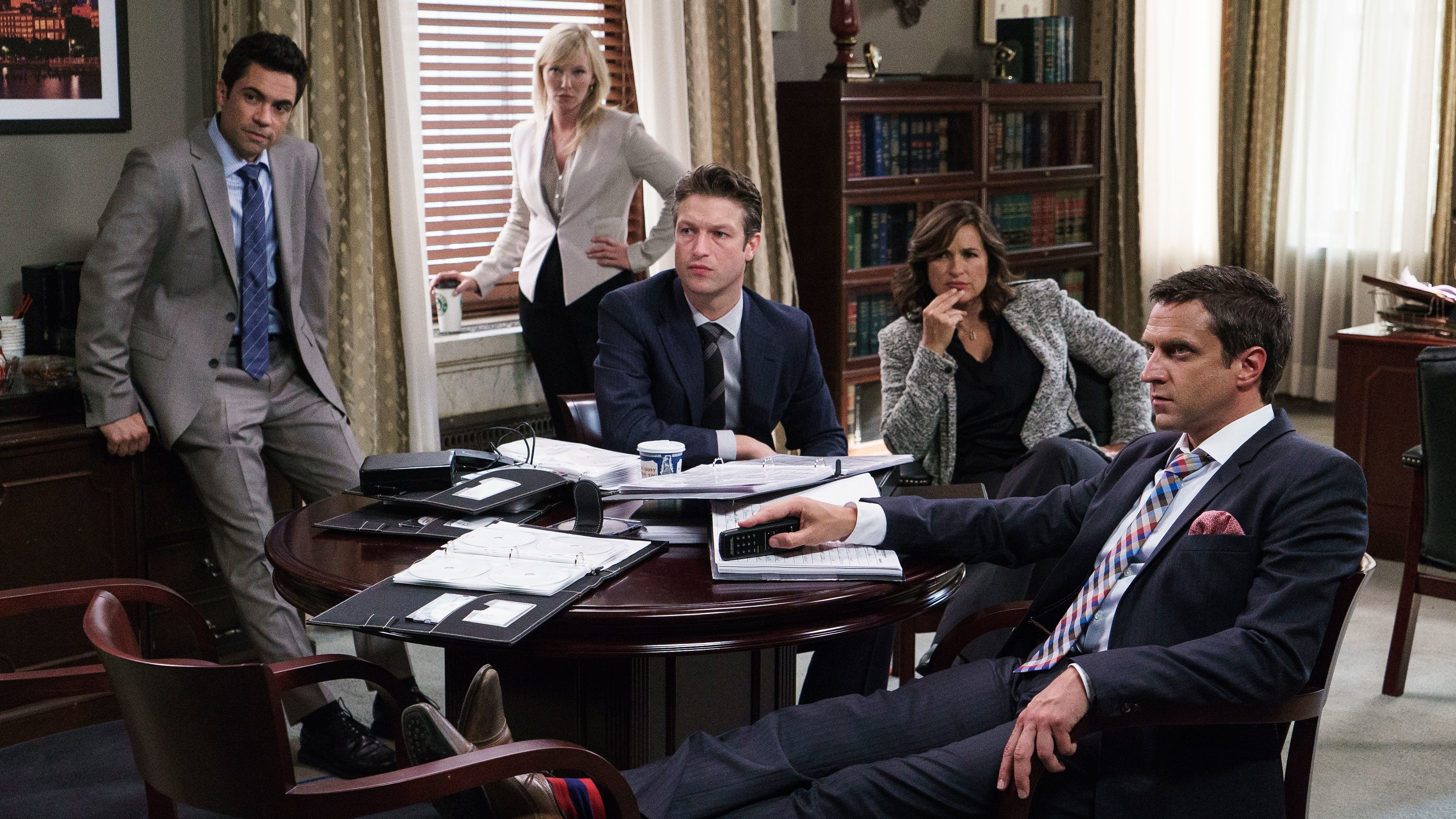 Law & Order: Special Victims Unit Season 16 :Episode 3  Producer's Backend
