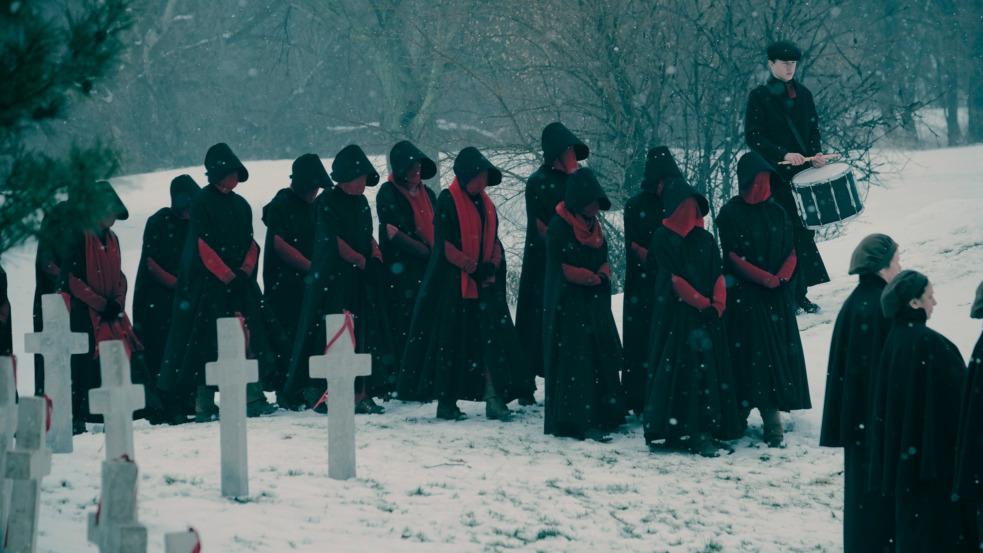 The Handmaid's Tale - Season 2 Episode 1 : June
