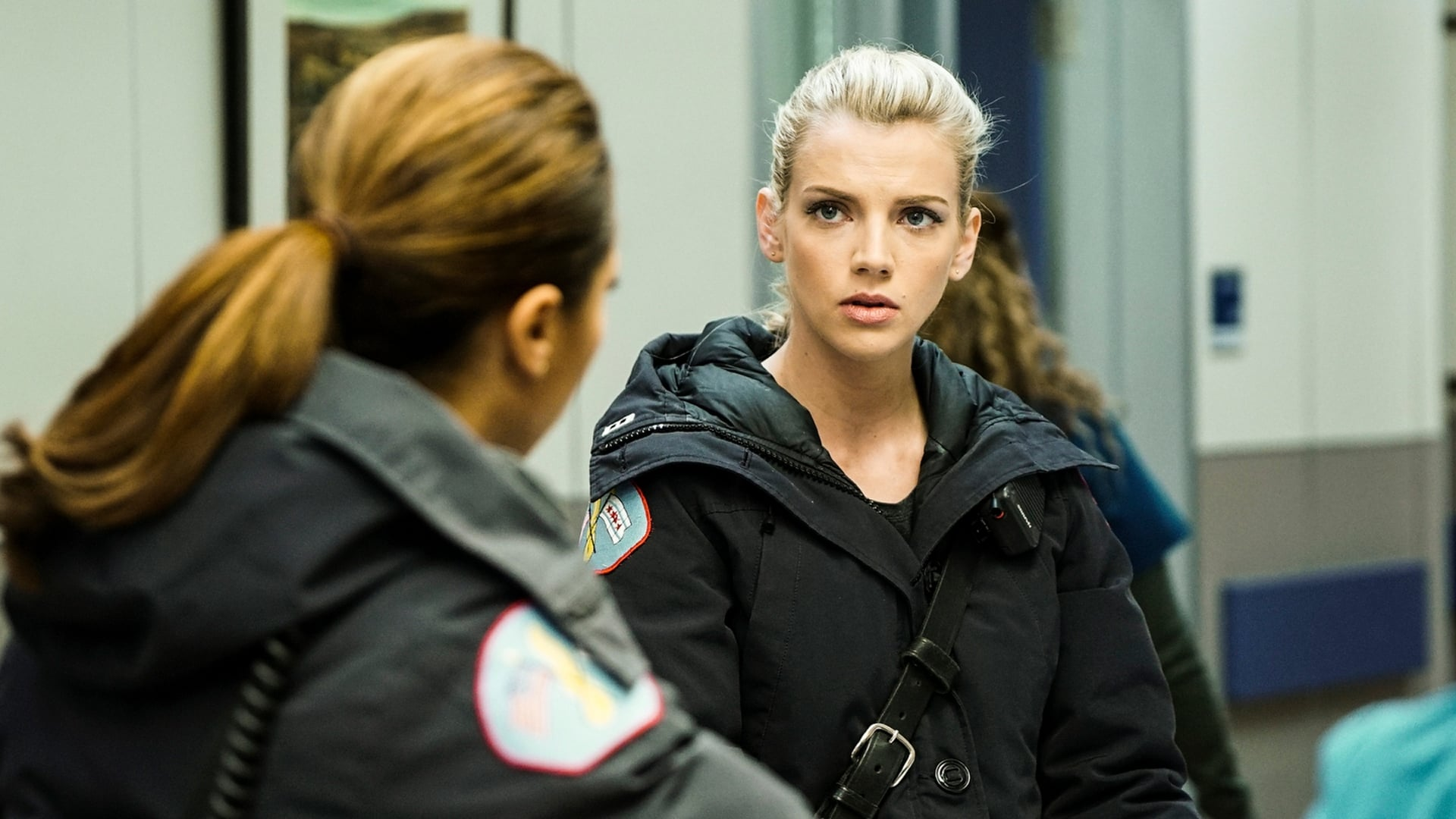 Chicago Fire Season 5 :Episode 13  Bloßgestellt