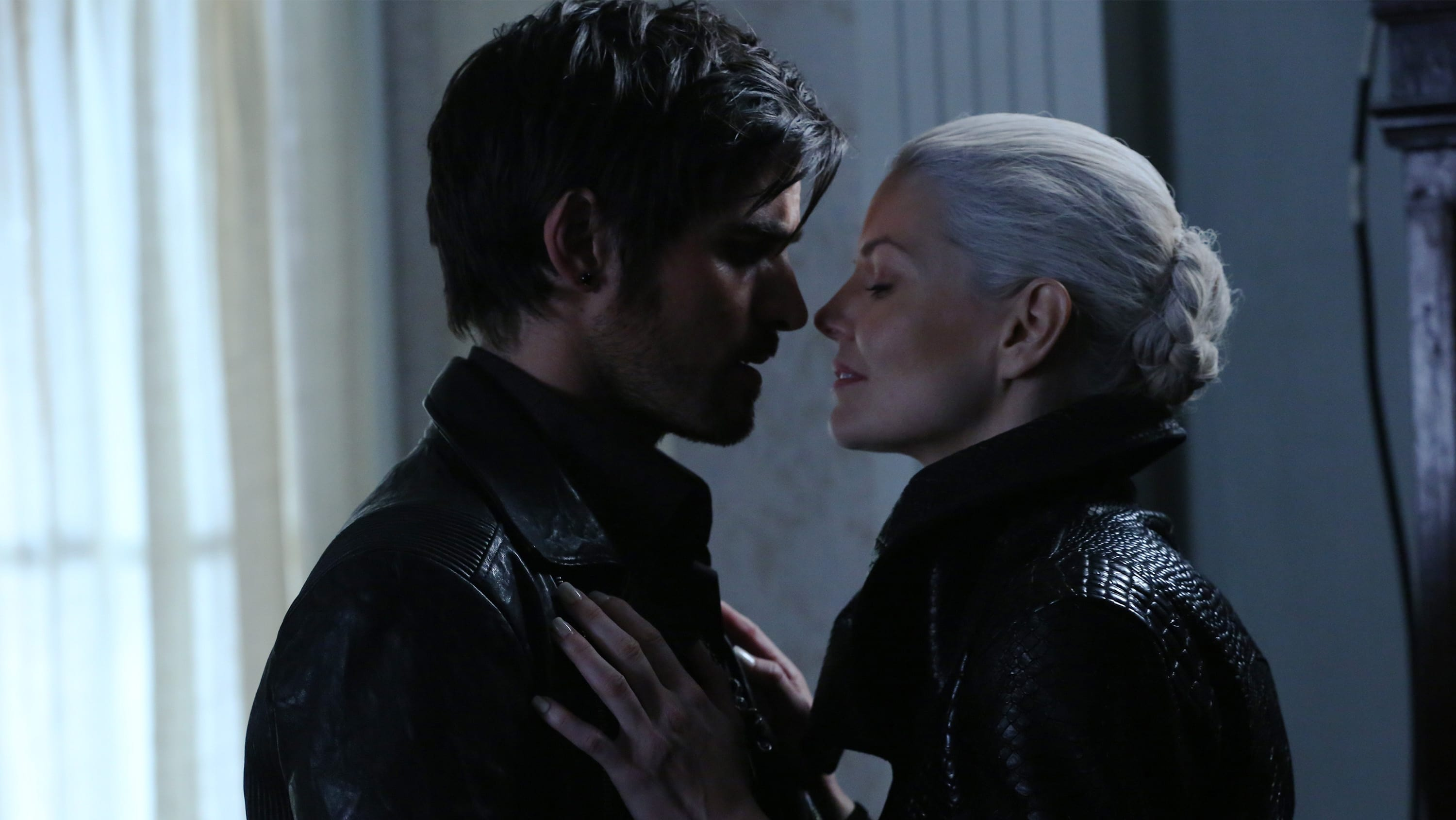 Once Upon a Time Season 5 :Episode 8  Birth