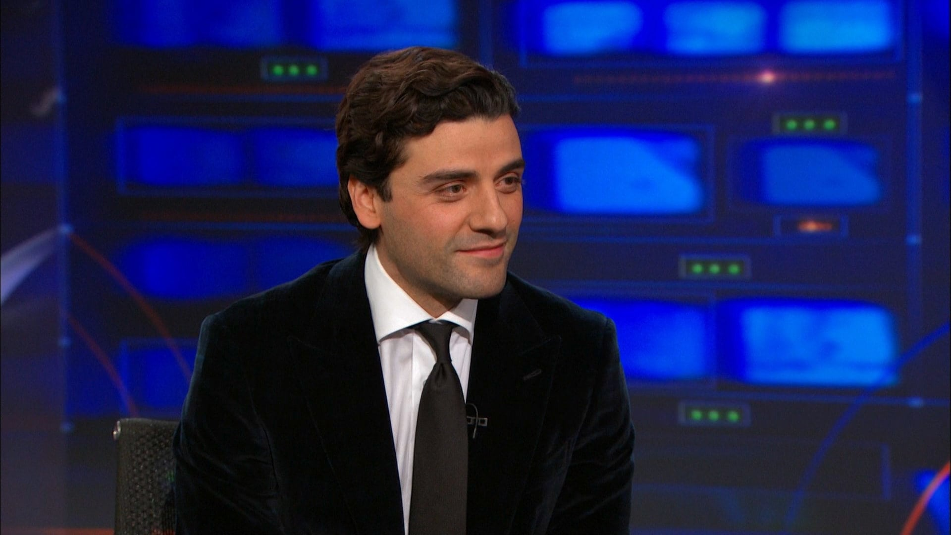 The Daily Show with Trevor Noah Season 20 :Episode 55  Oscar Isaac