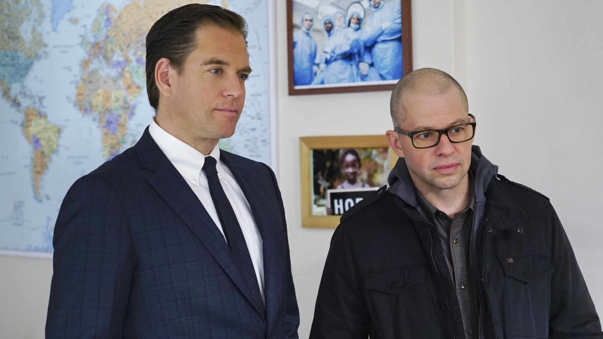 NCIS Season 13 :Episode 16  Loose Cannons