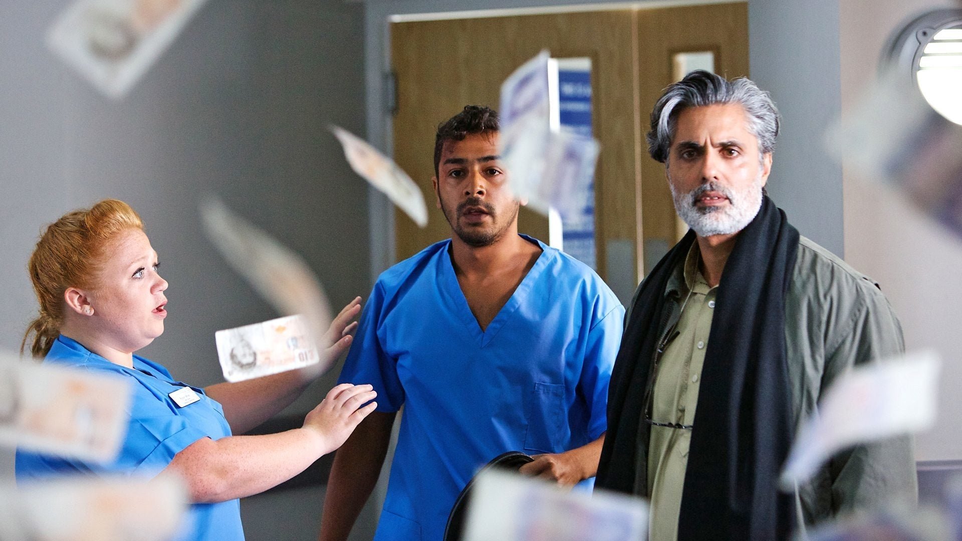Casualty - Season 29 Episode 20 : Front Line