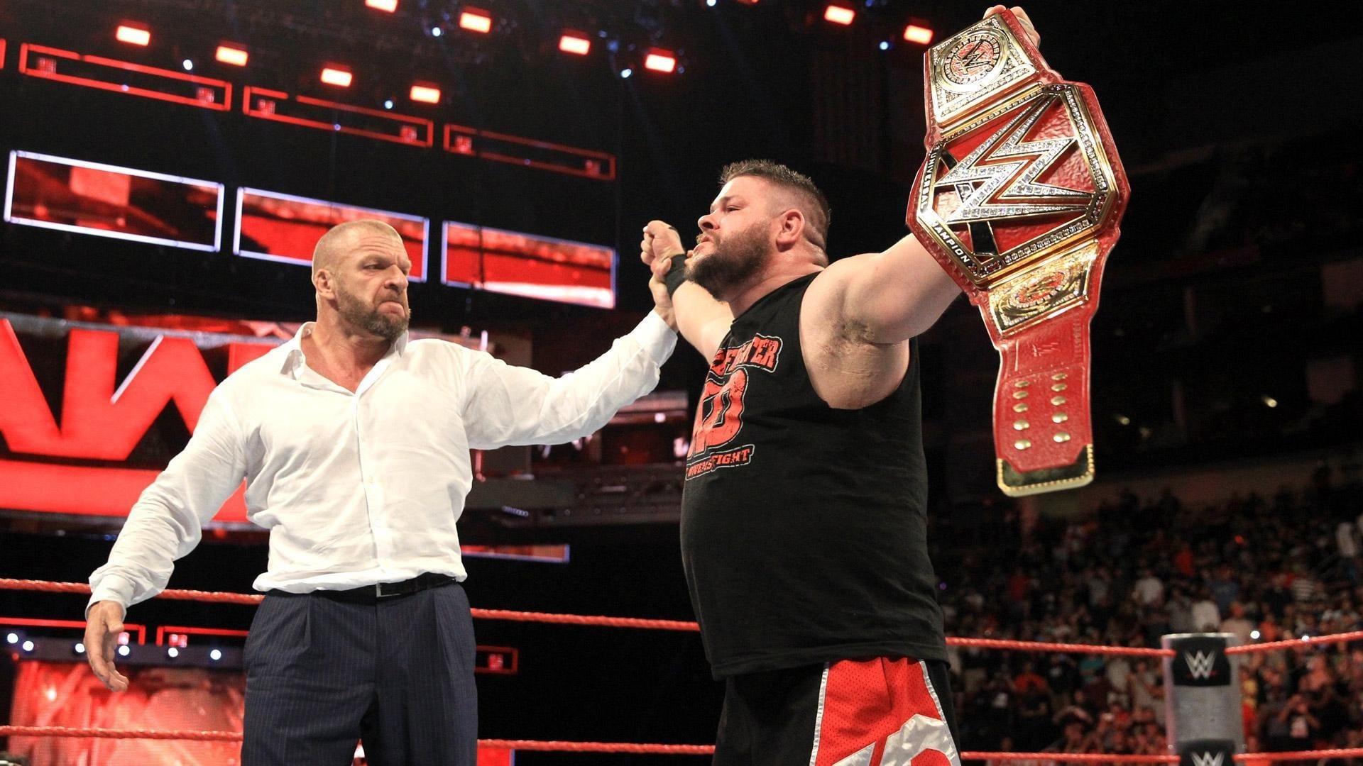 WWE Raw Season 24 :Episode 35  August 29, 2016 (Houston, TX)