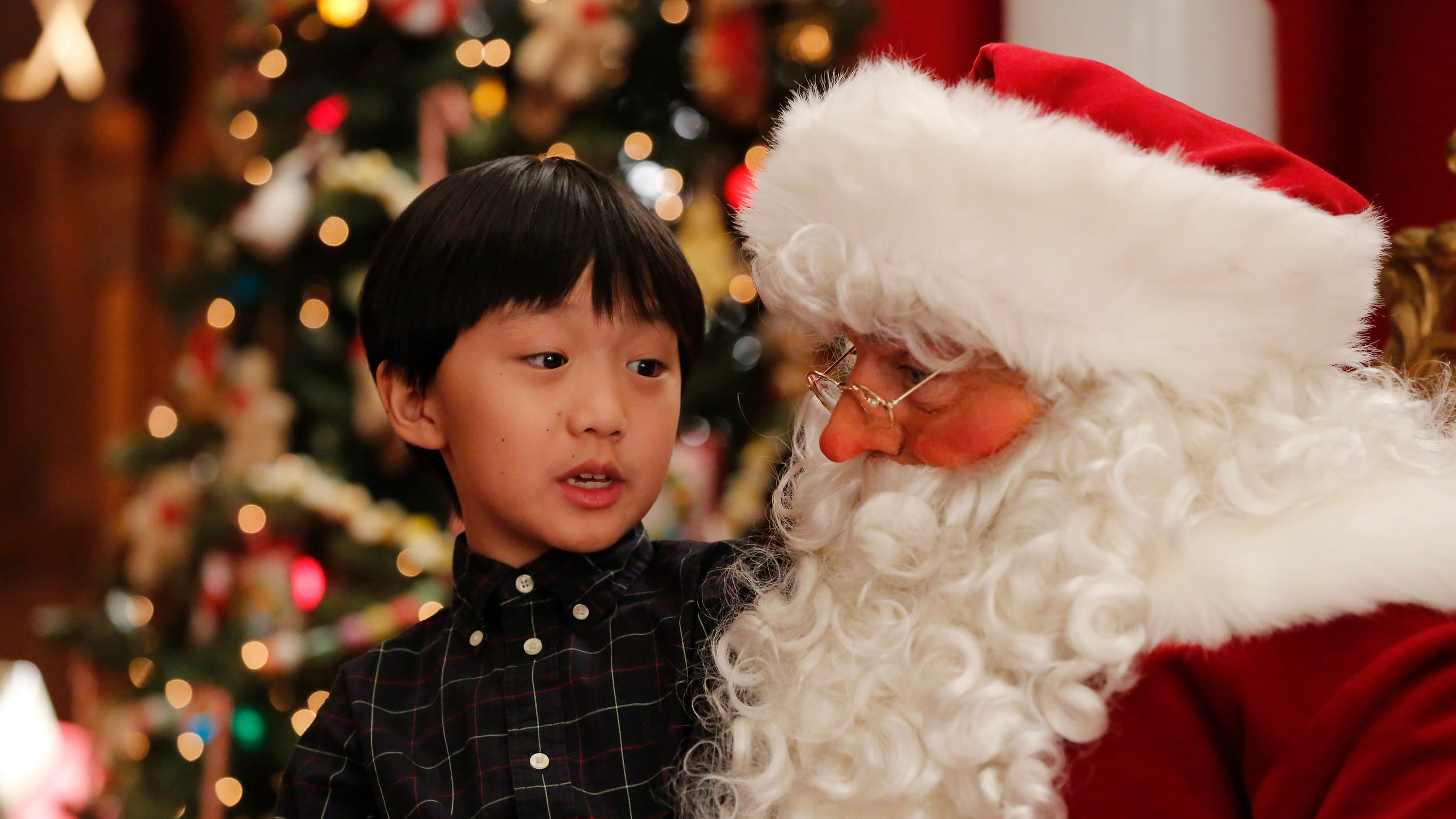 Fresh Off the Boat Season 2 :Episode 10  The Real Santa