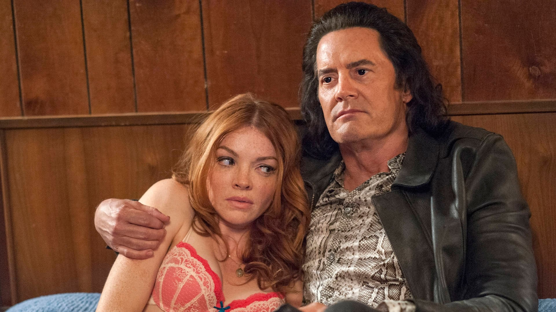 Twin Peaks Season 3 :Episode 2  Part 2: The Stars Turn and a Time Presents Itself