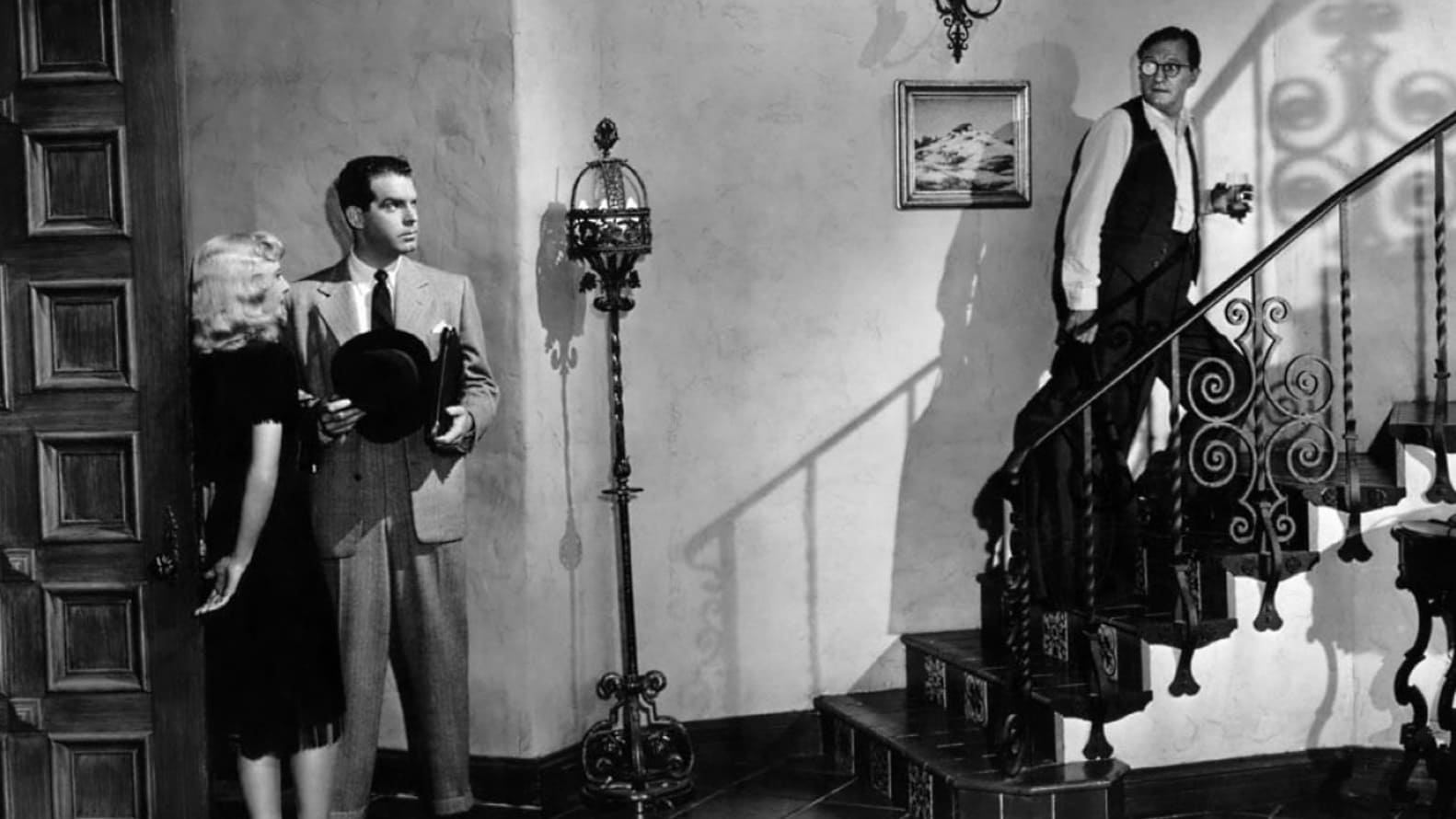review of double indemnity Fred macmurray's sharp-as-a-knife voiceover, which barely lets up from start to finish, is an unremitting delight in the classic double indemnity.
