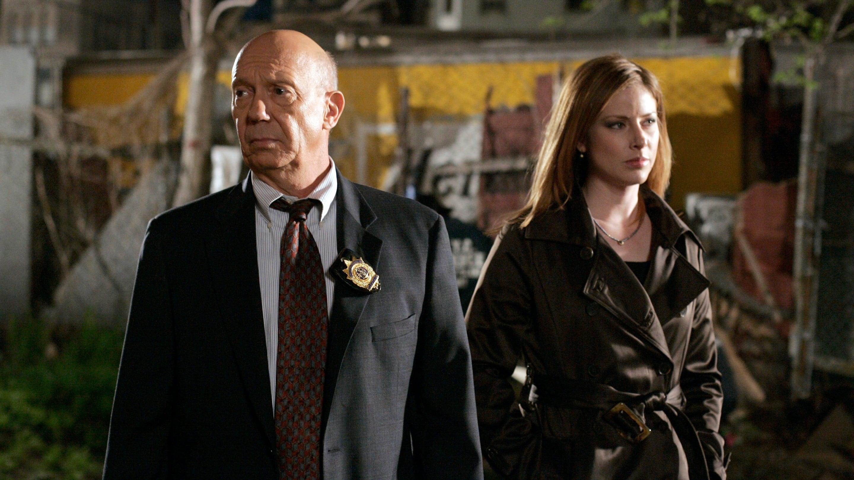 Law & Order: Special Victims Unit - Season 9 Episode 19 : Cold