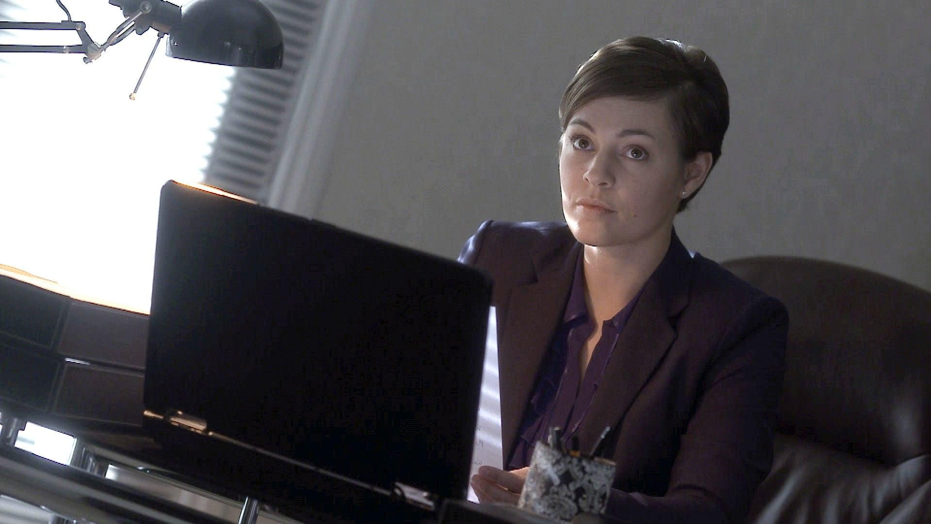 Doctors Season 16 :Episode 211  A Matter of Perspective