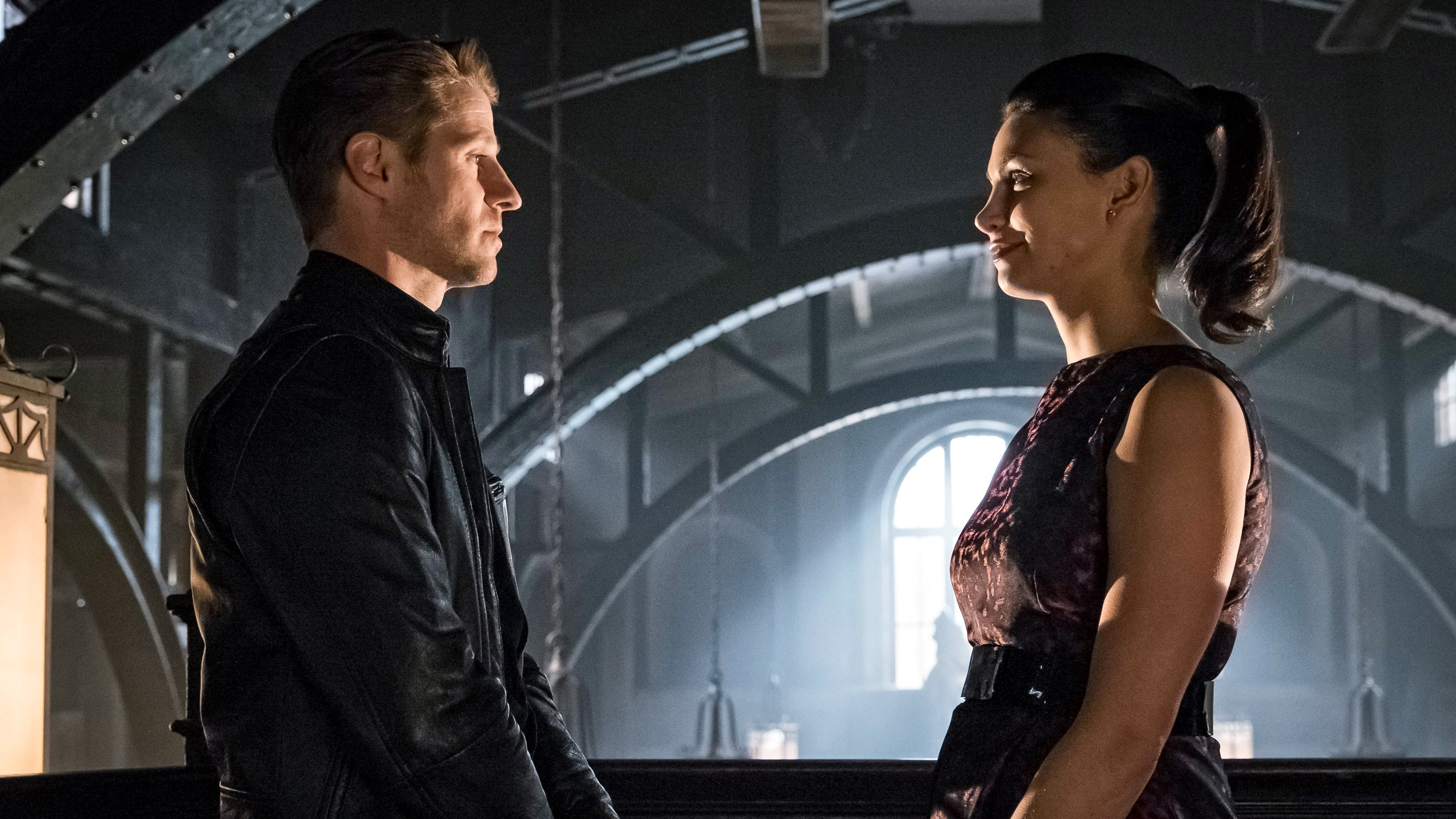 Gotham Season 3 :Episode 5  Mad City: Anything for You