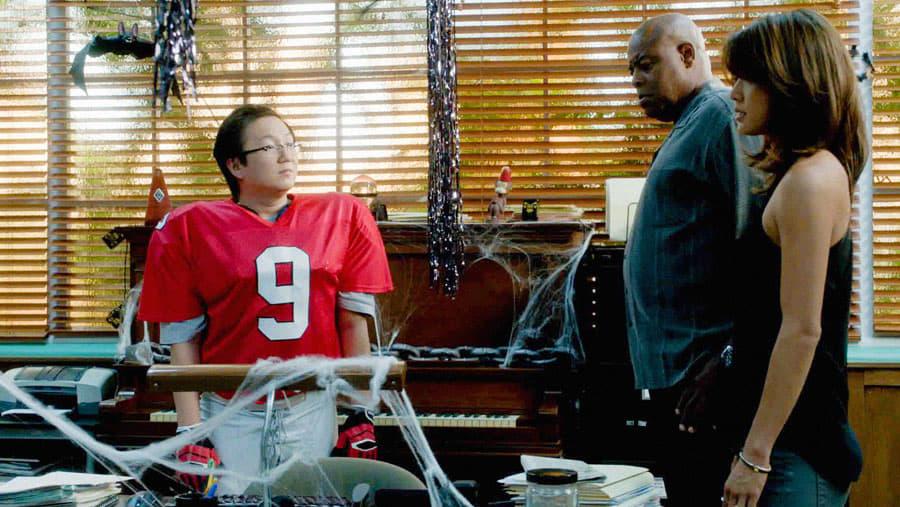 Hawaii Five-0 - Season 5 Episode 6 : Ho'omā'ike (Unmasked)