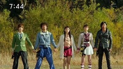 Super Sentai - Season 37 Episode 48 : Finale Brave: Big Explosion! Goodbye Kyoryugers