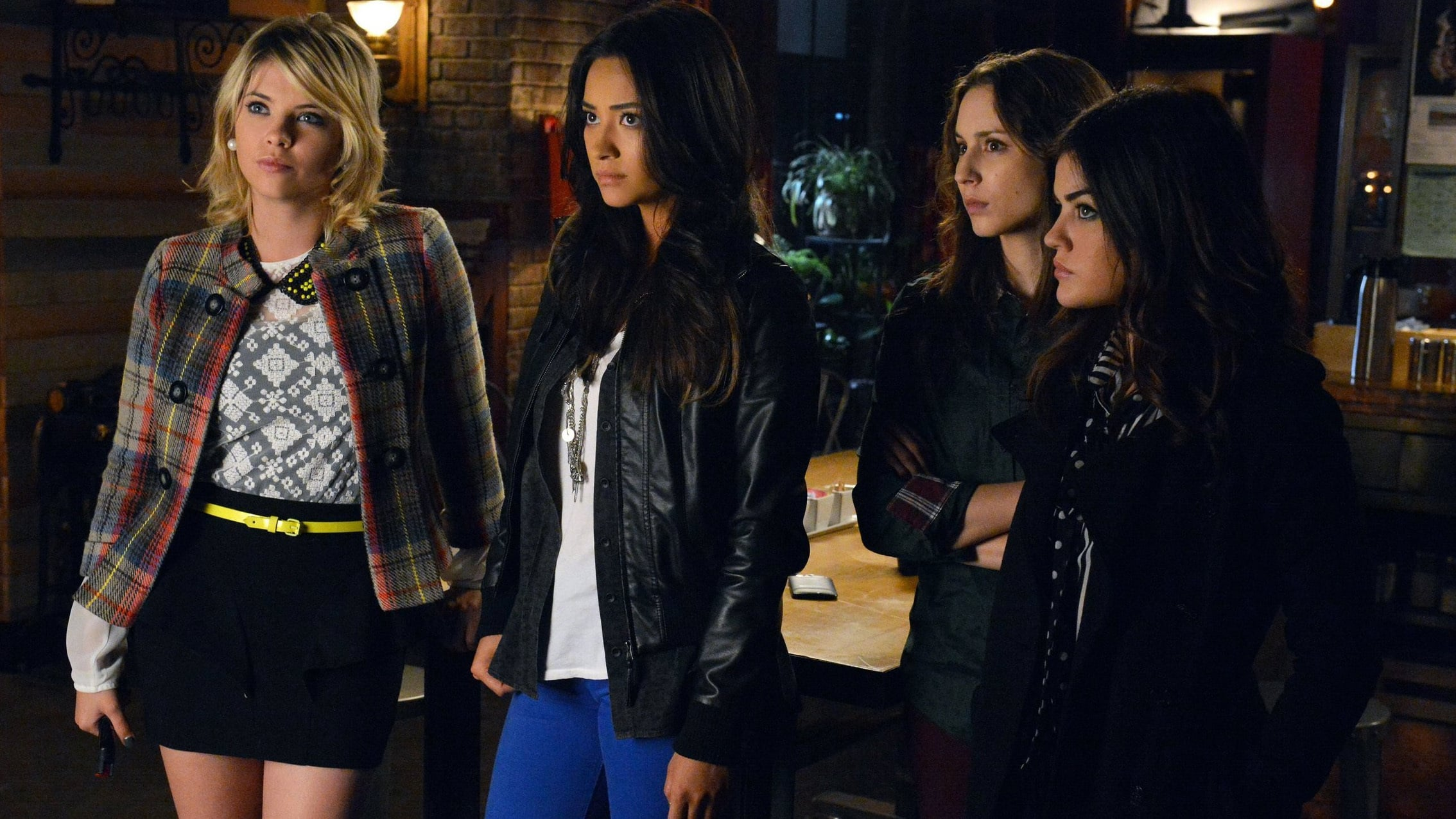 Fashion from pretty little liars 26