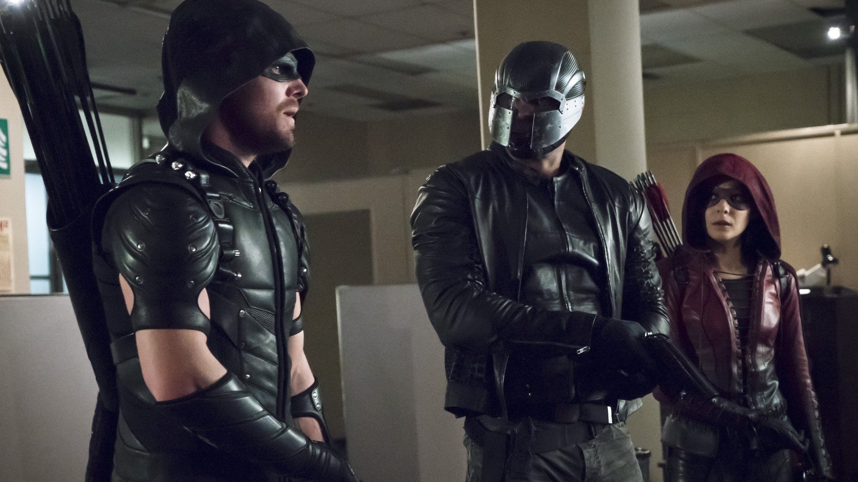 Arrow Season 4 :Episode 14  Code of Silence