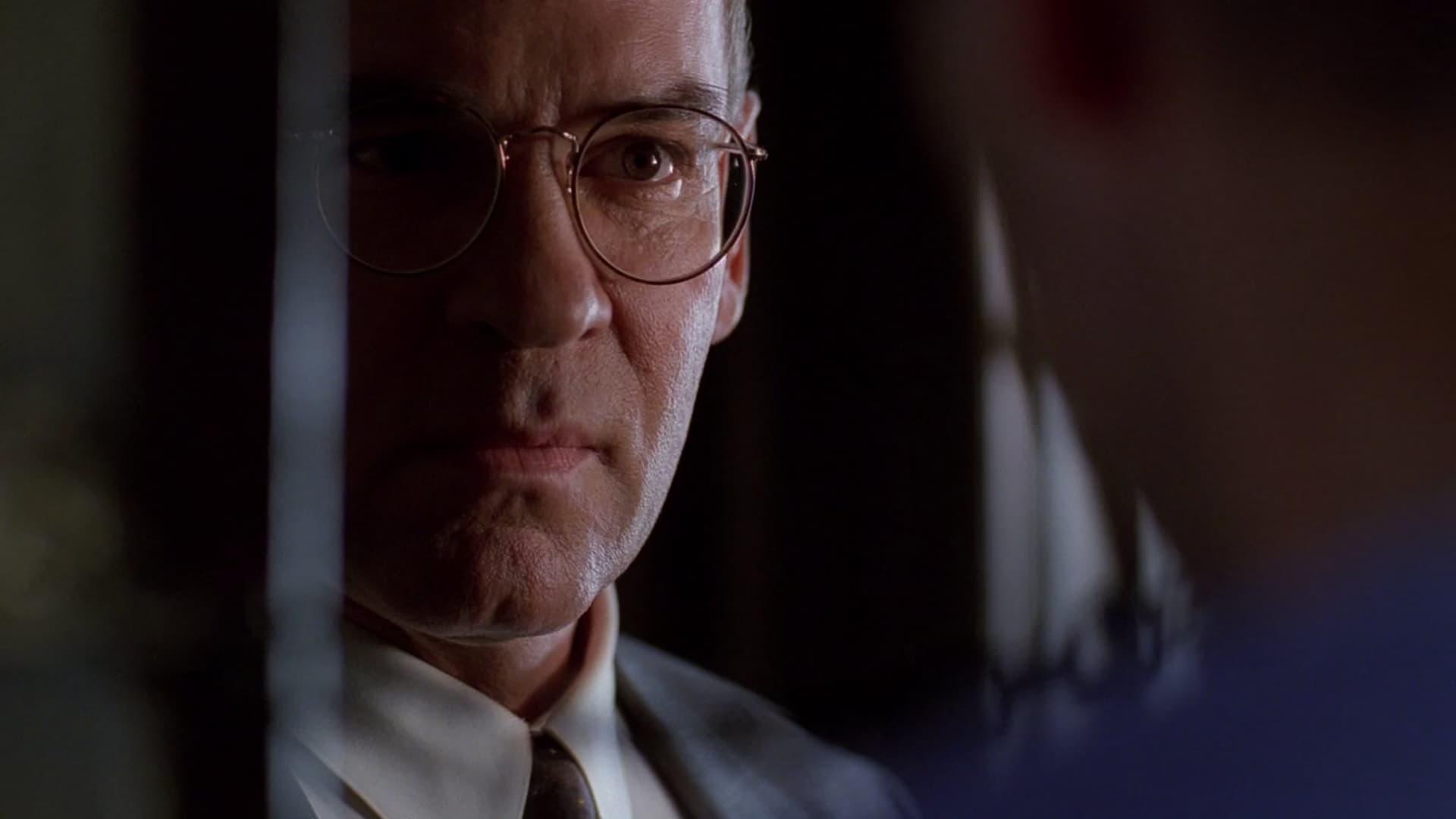 The X-Files Season 7 :Episode 1  The Sixth Extinction