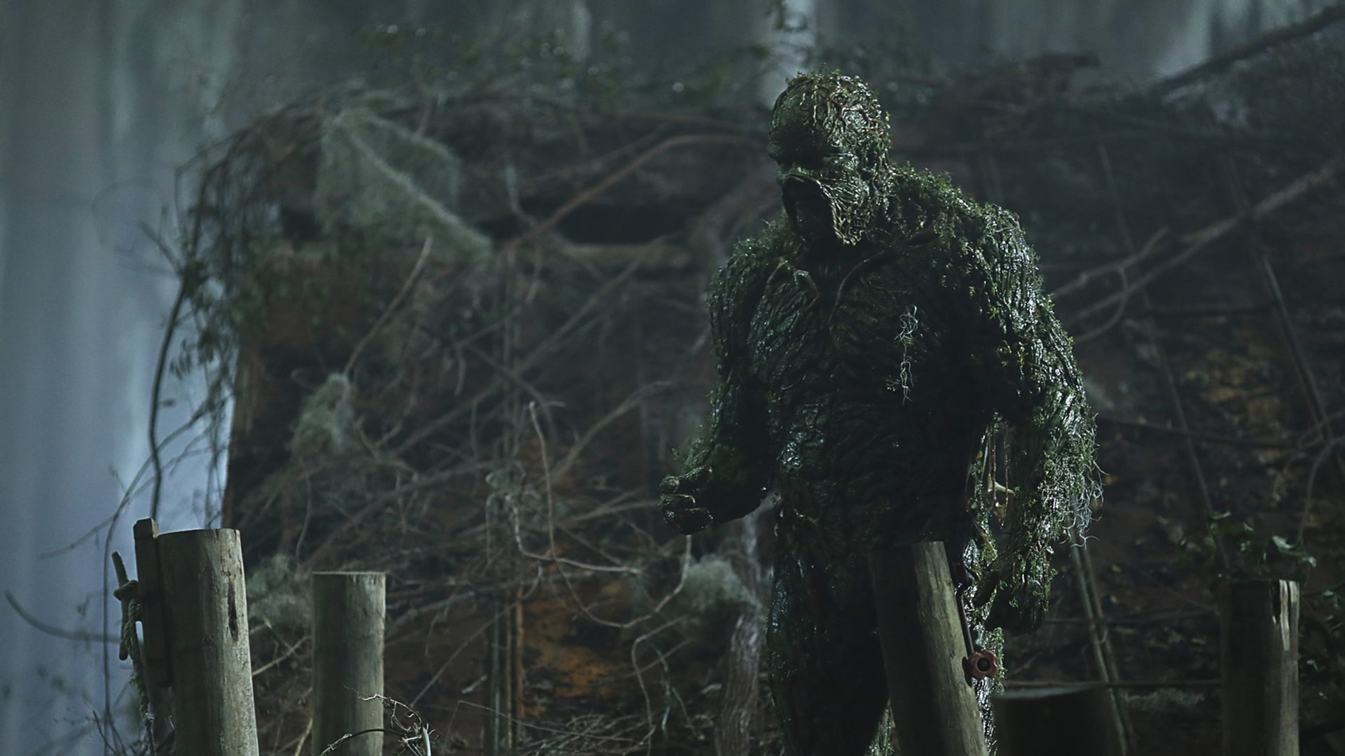Swamp Thing Season 1 :Episode 2  Worlds Apart
