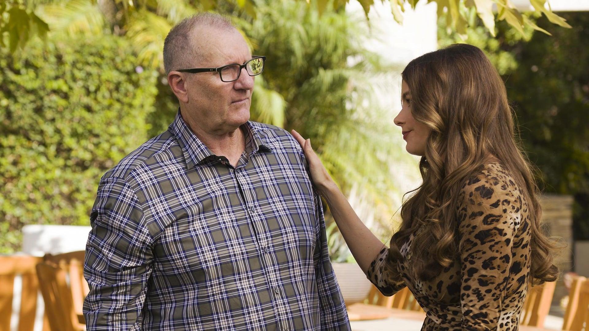 Modern Family Season 8 :Episode 13  Do It Yourself