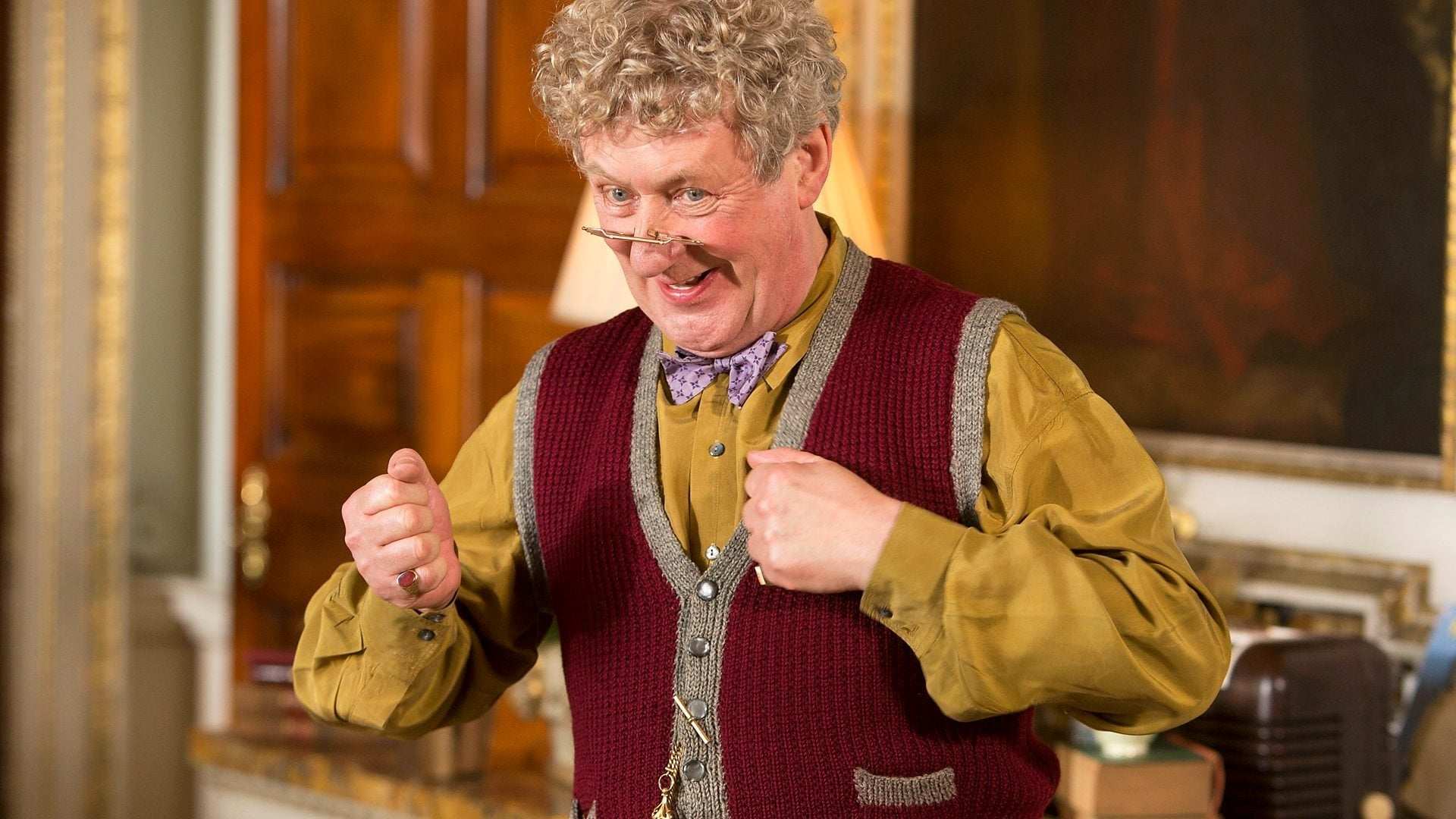 Father Brown Season 3 :Episode 1  The Man in the Shadows