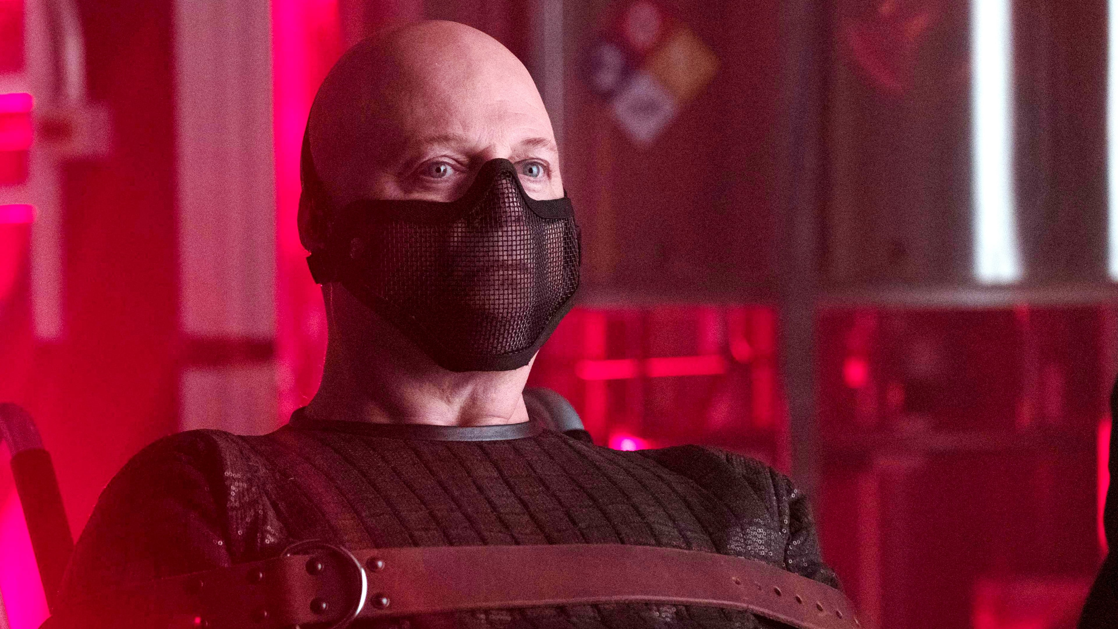 Gotham Season 3 :Episode 18  Heroes Rise: Light the Wick