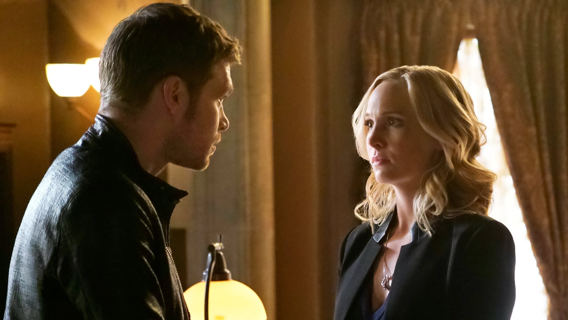 The Originals Season 5 :Episode 12  The Tale of Two Wolves