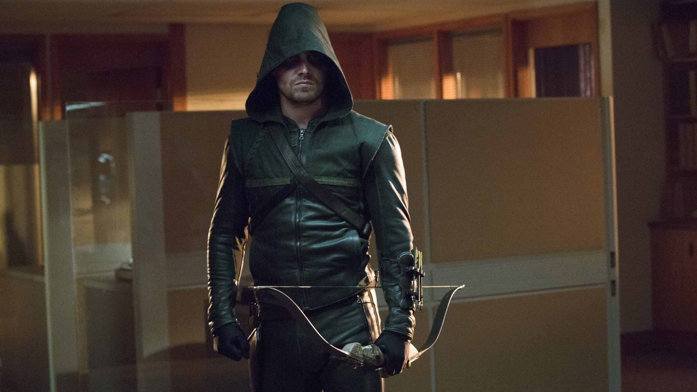Arrow Season 1 :Episode 6  Familienbande