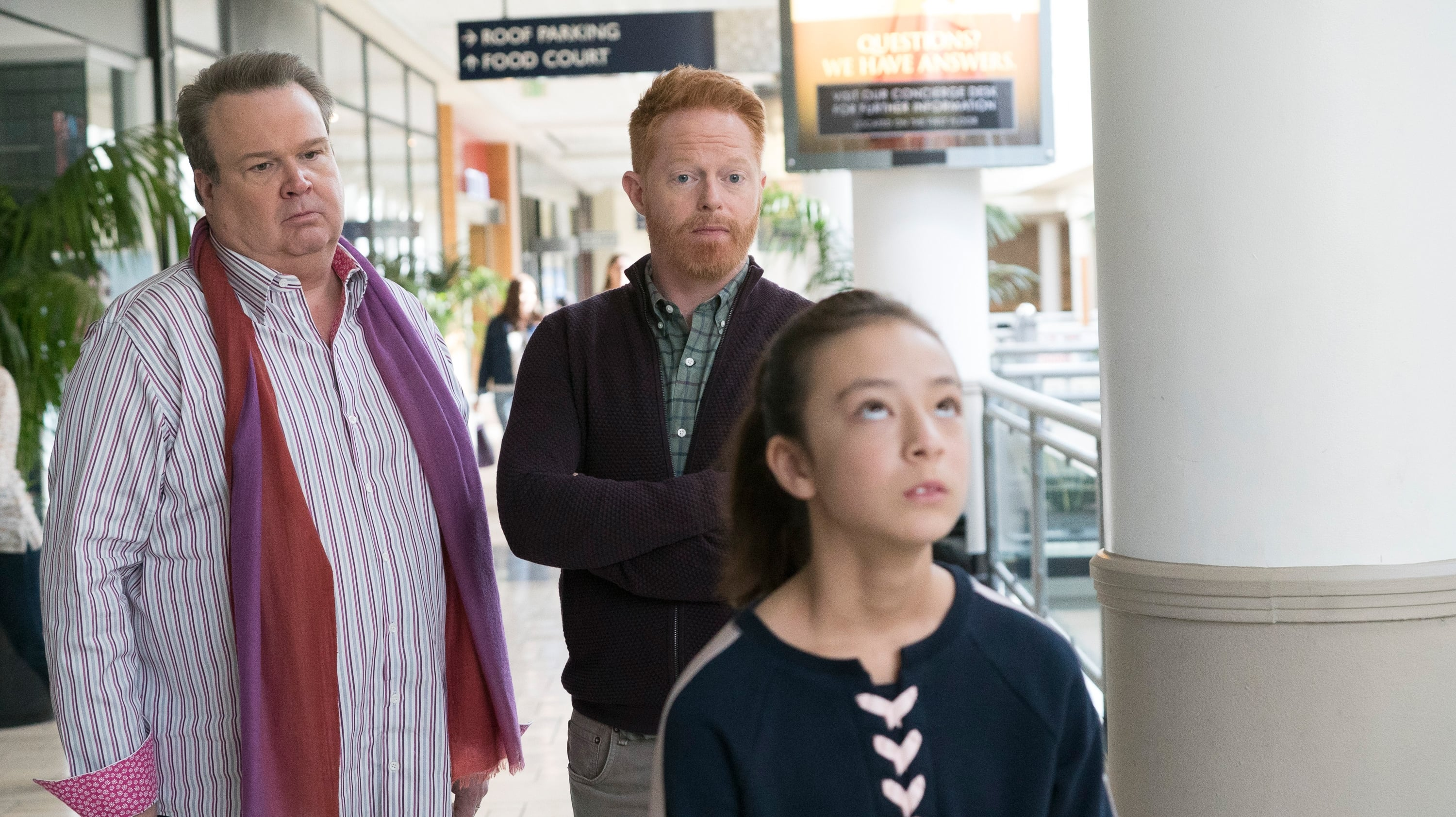 Modern Family Season 9 :Episode 18  Daddy Issues