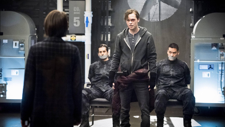 Arrow - Season 4 Episode 21 : Monument Point