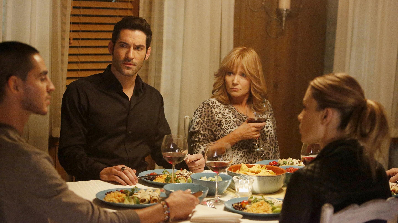 Lucifer Season 1 :Episode 10  Pops