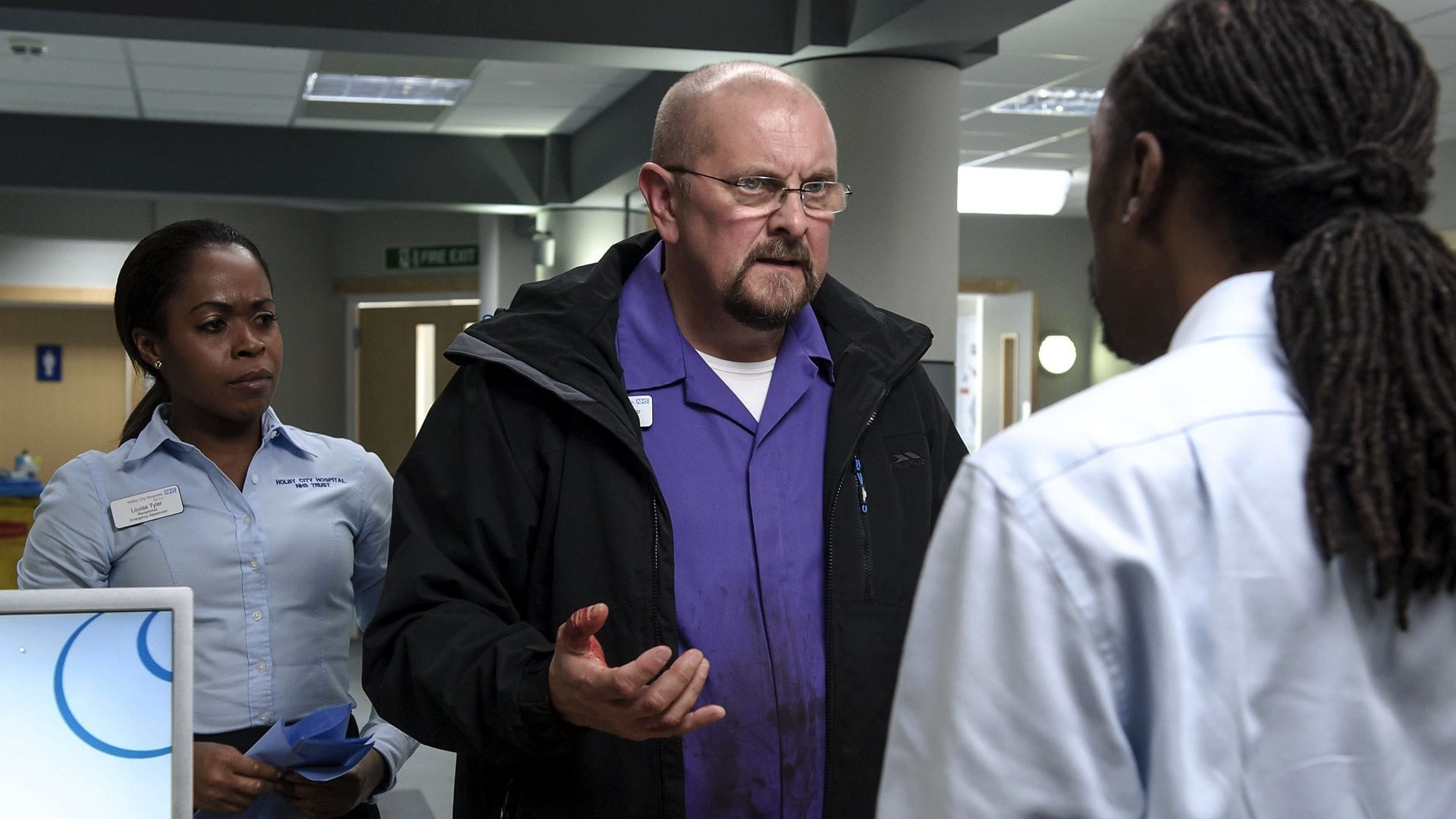 Casualty - Season 29 Episode 19 : What a Difference a Day Makes