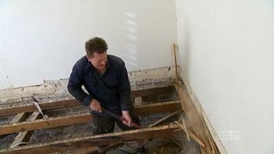 The Block - Season 6 Episode 5 : Bedroom 2 Renovations Begin