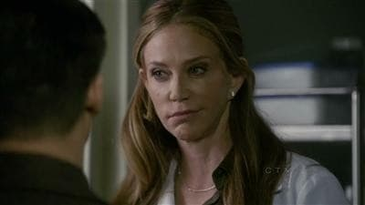 Law & Order: Special Victims Unit - Season 11 Episode 19 : Conned
