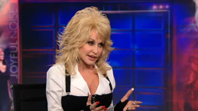 The Daily Show with Trevor Noah Season 17 :Episode 43  Dolly Parton