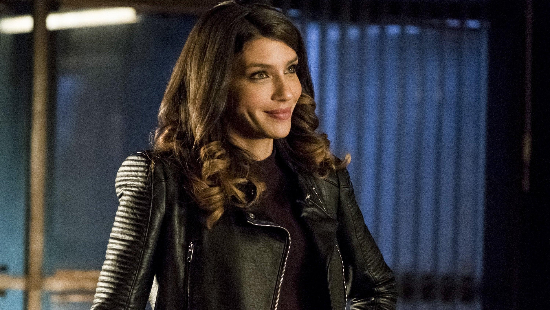 Arrow Season 5 :Episode 13  Spectre of the Gun