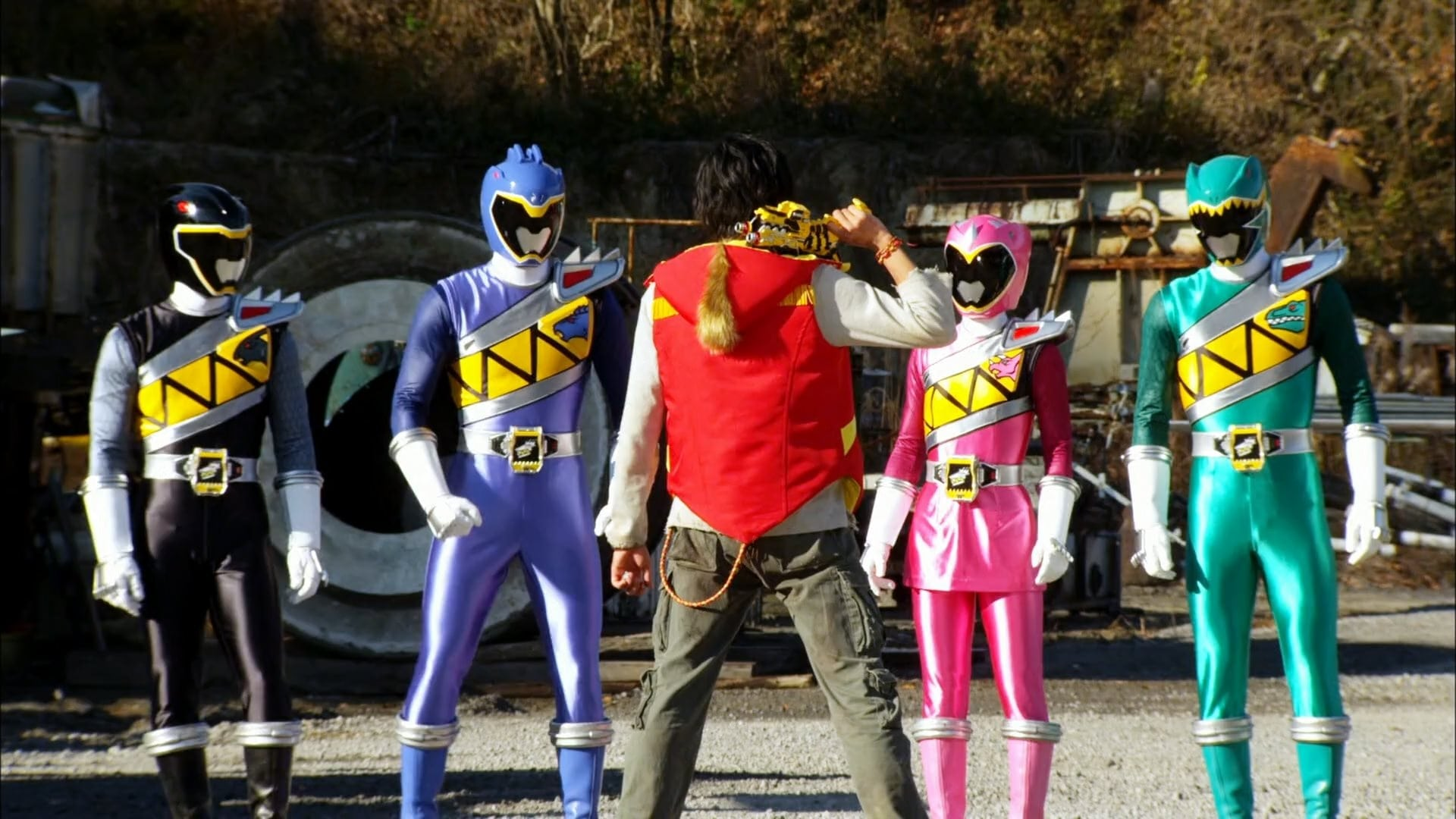 Super Sentai - Season 37 Episode 1 : Brave 1: He's Here! The Red King