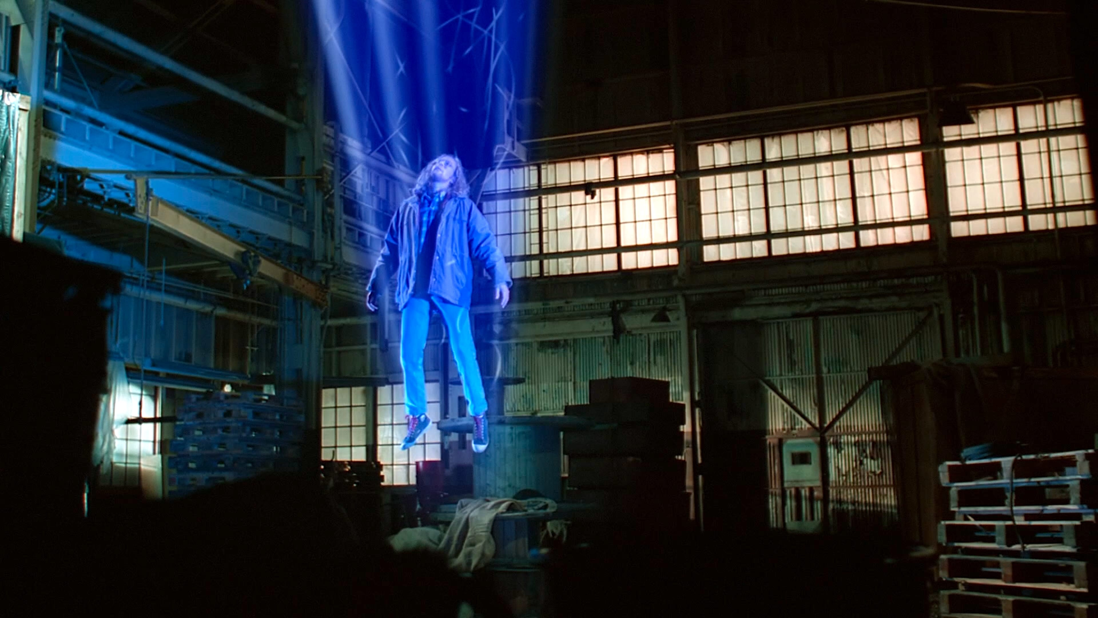 The X-Files Season 1 :Episode 10  Fallen Angel