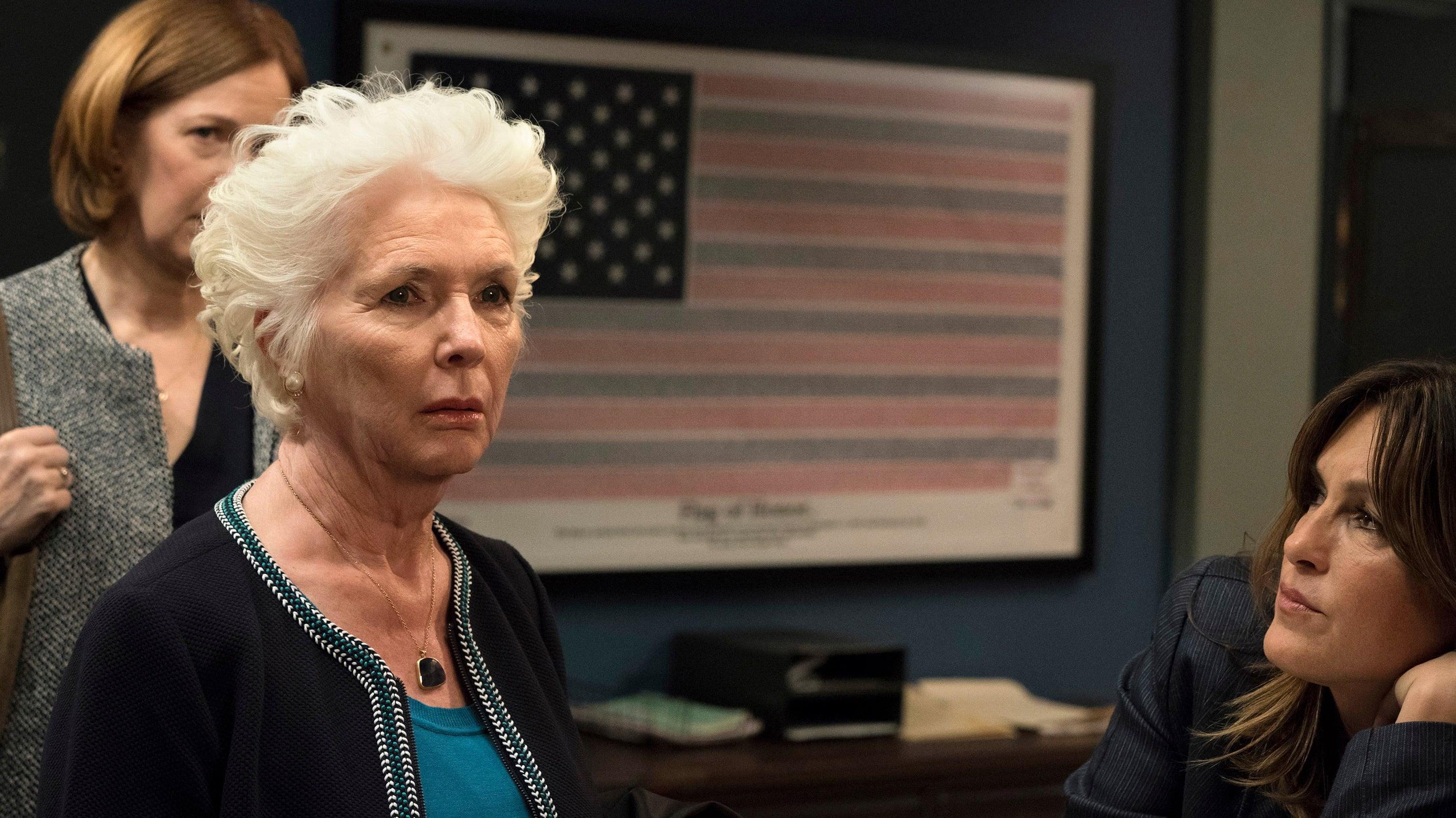Law & Order: Special Victims Unit Season 19 :Episode 22  Mama