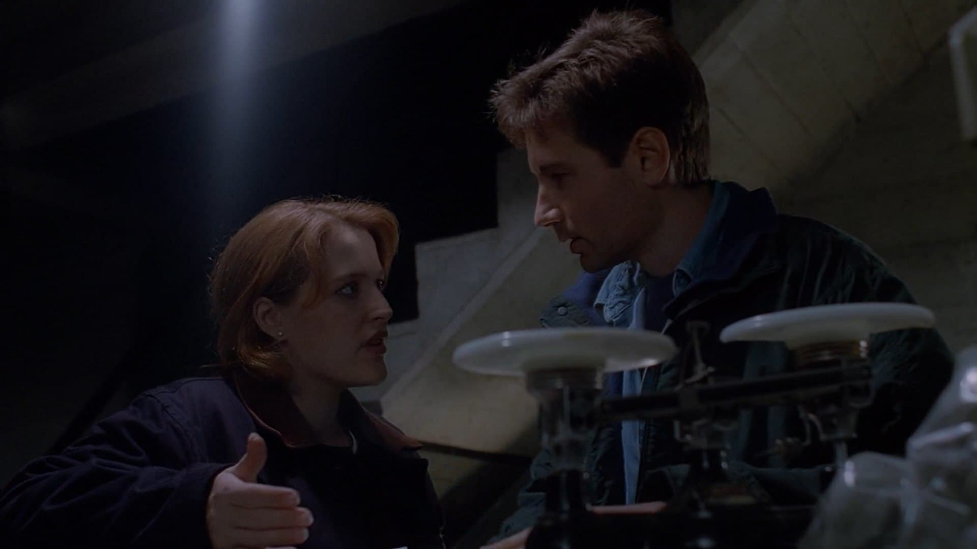 The X-Files Season 2 :Episode 9  Firewalker