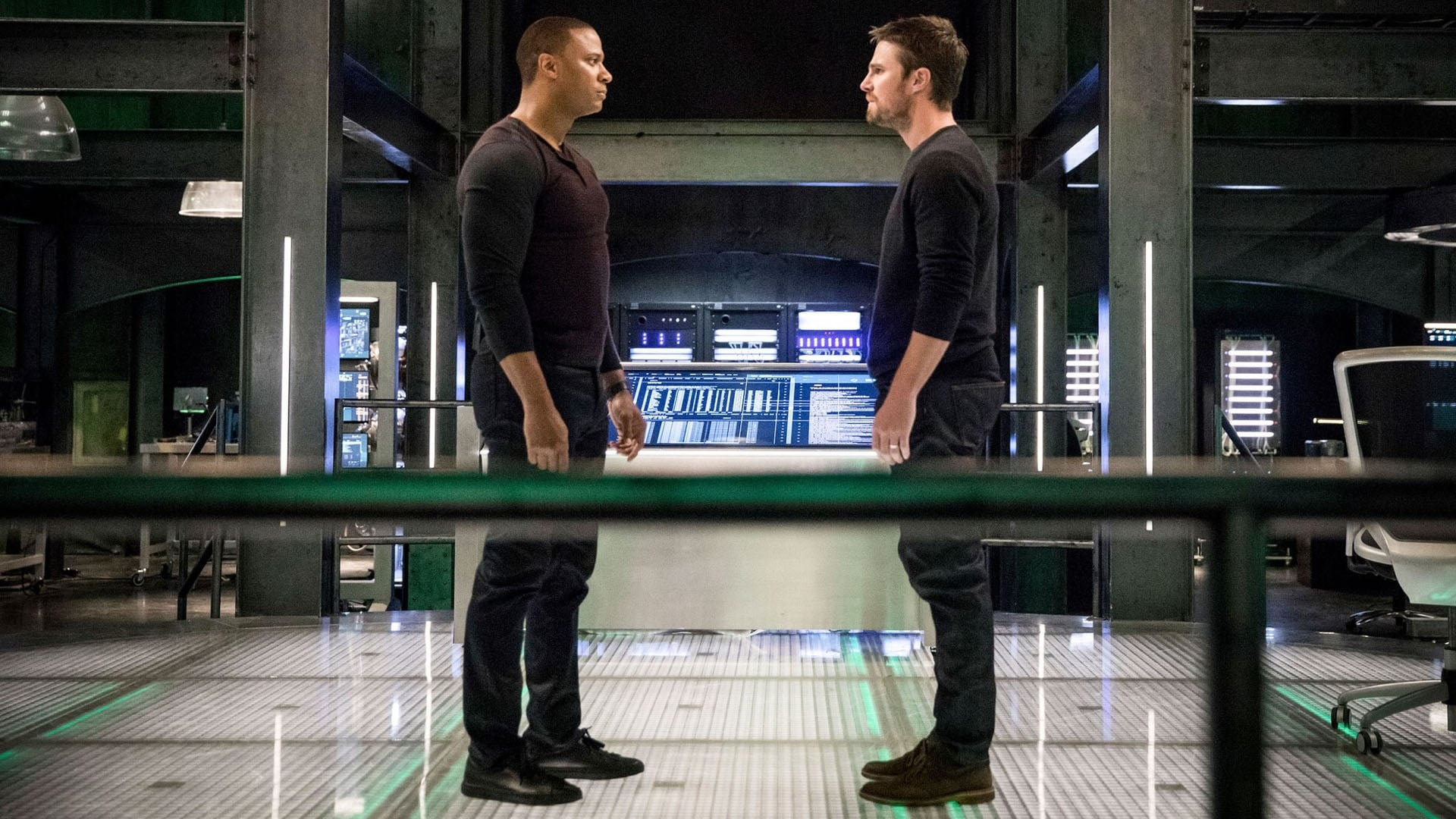 Arrow Season 6 :Episode 17  Brothers in Arms