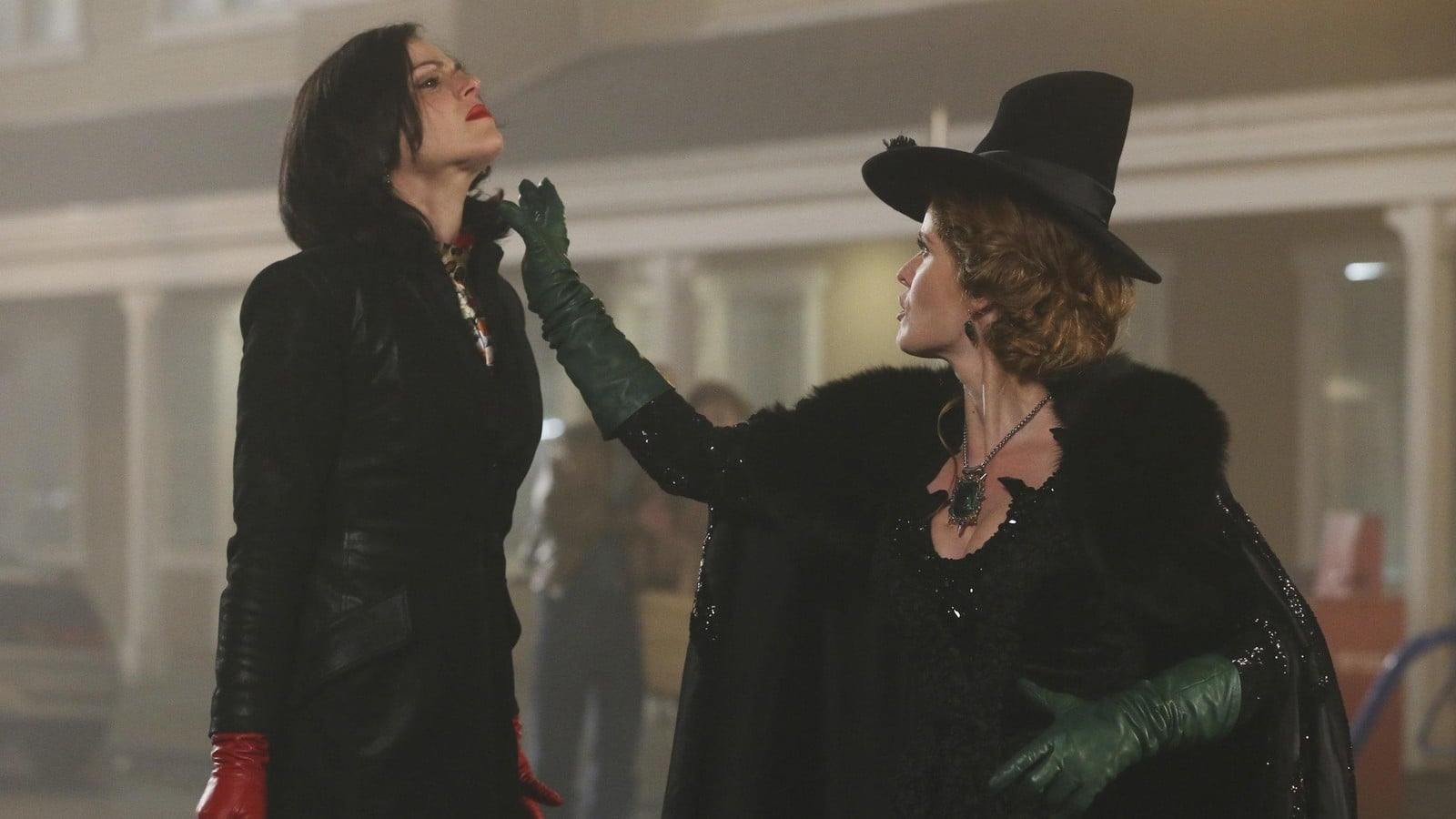 Once Upon a Time Season 3 :Episode 16  It's Not Easy Being Green