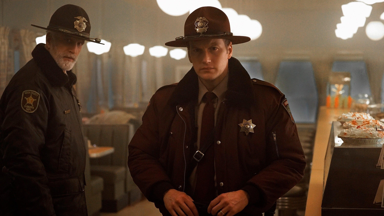 Fargo Season 2 :Episode 1  Waiting for Dutch