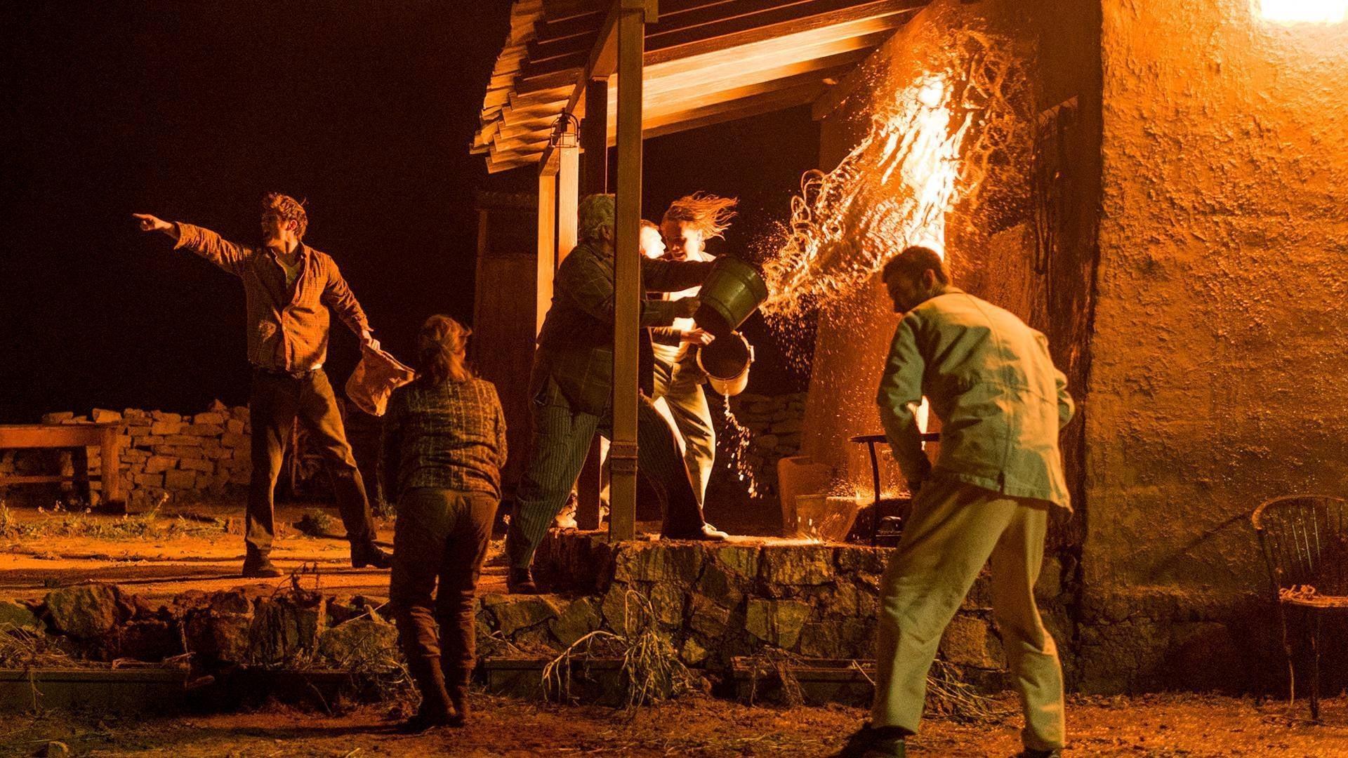 Fear the Walking Dead Season 3 :Episode 6  Red Dirt