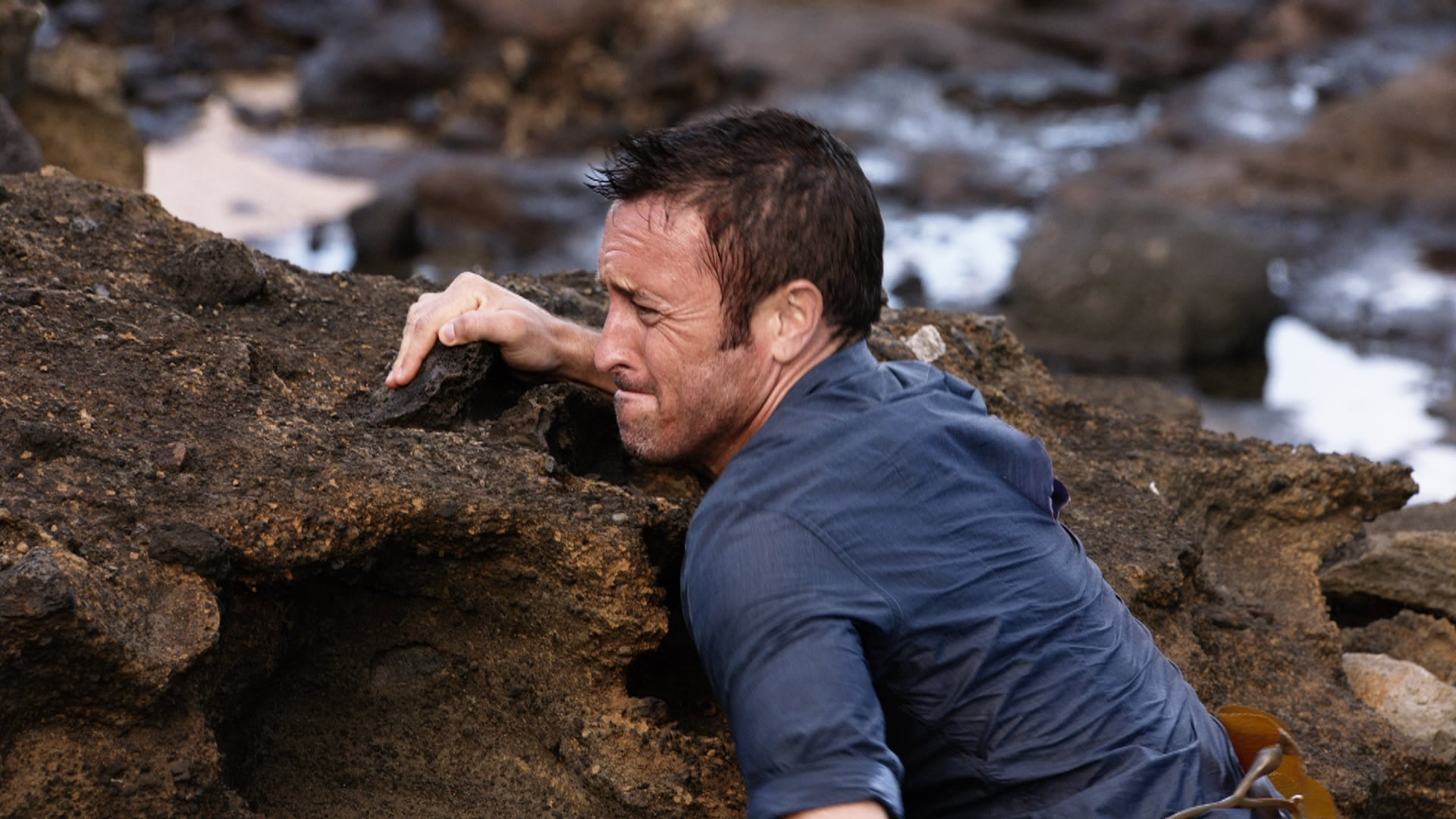 Hawaii Five-0 - Season 7 Episode 4 : Hu a'e ke ahi lanakila a Kamaile (The Fire of Kamile Rises in Triumph)