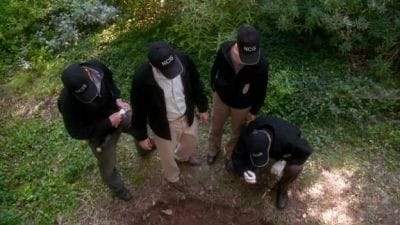 NCIS Season 4 :Episode 5  Dead and Unburied