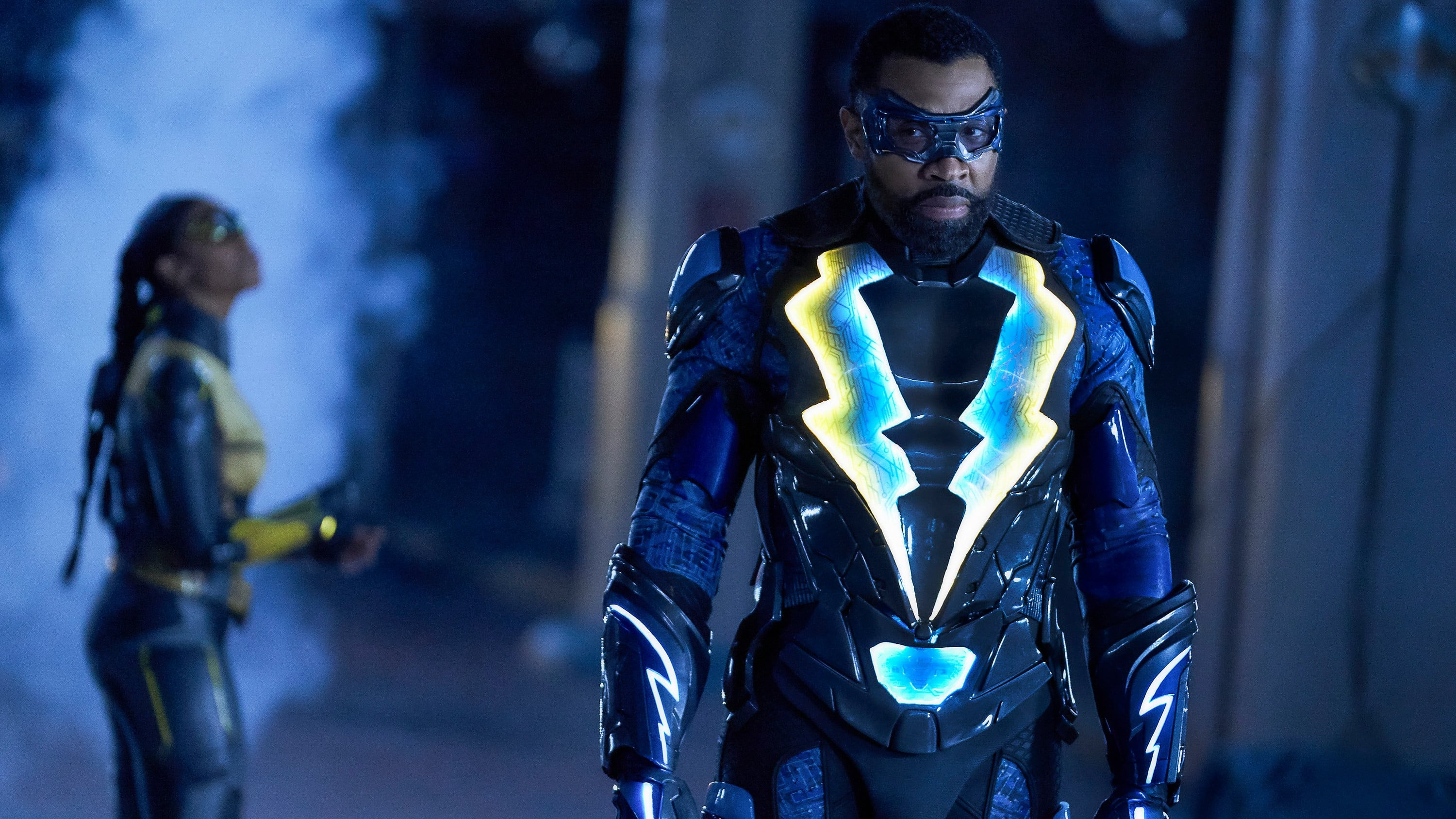 Black Lightning - Season 2 Episode 15 : The Book of the Apocalypse: Chapter One: The Alpha