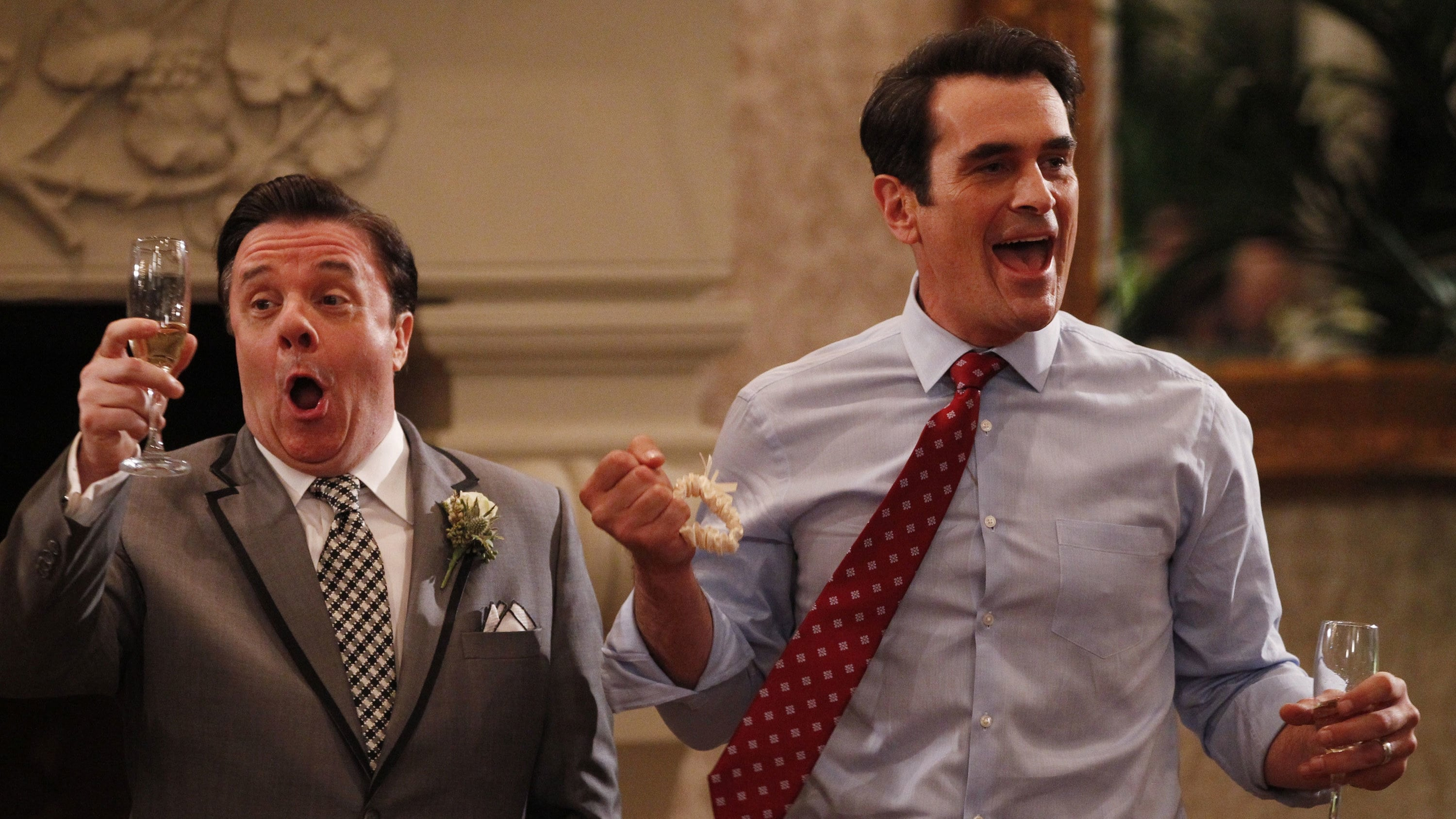 Modern Family Season 5 :Episode 24  The Wedding (2)