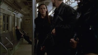 Alias Season 4 :Episode 22  Before the Flood