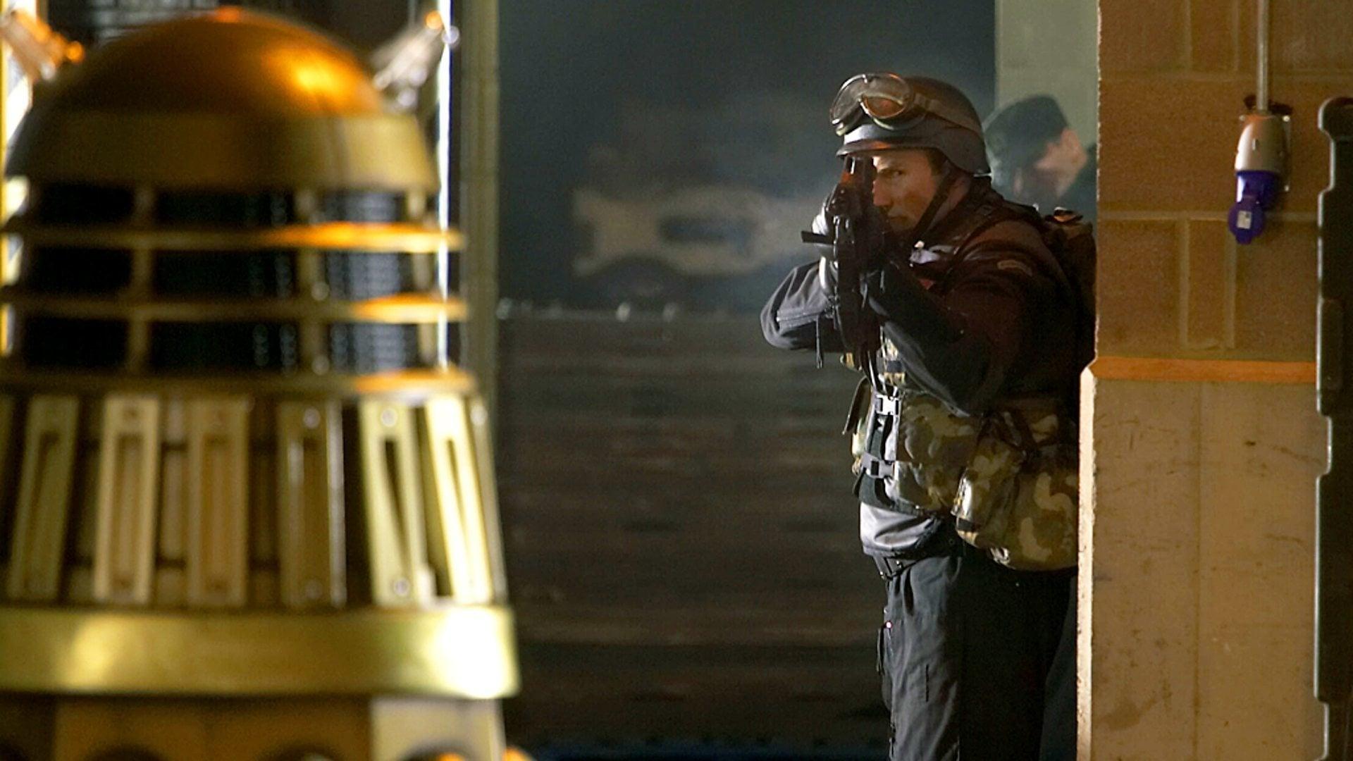Doctor Who - Season 1 Episode 6 : Dalek