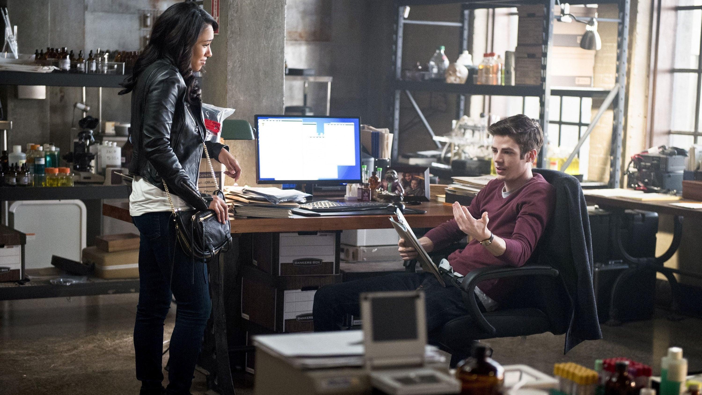 Season 2 :Episode 11  The Reverse-Flash Returns